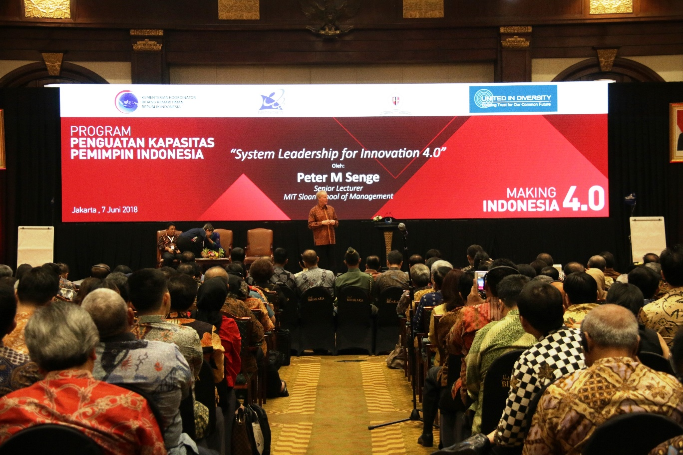 Program Penguatan Kapasitas Pemimpin Indonesia: Making Indonesia 4.0 Transforming the capacity of Indonesia's civil apparatus.
