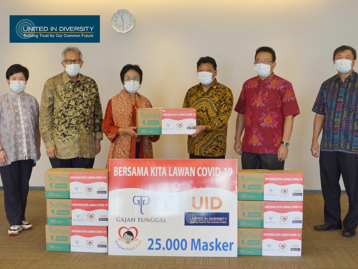 United in Diversity with Gajah Tunggal Group Support Donates 25 Thousand Masks for Yayasan Pendidikan Immanuel